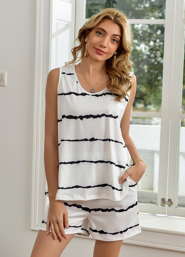 Striped Sleeveless Round Neck T-shirt And Shorts