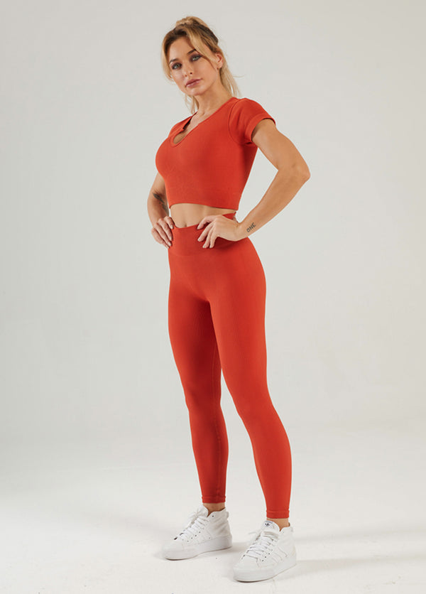 Solid Color Short Sleeve Yoga Bra And Pants