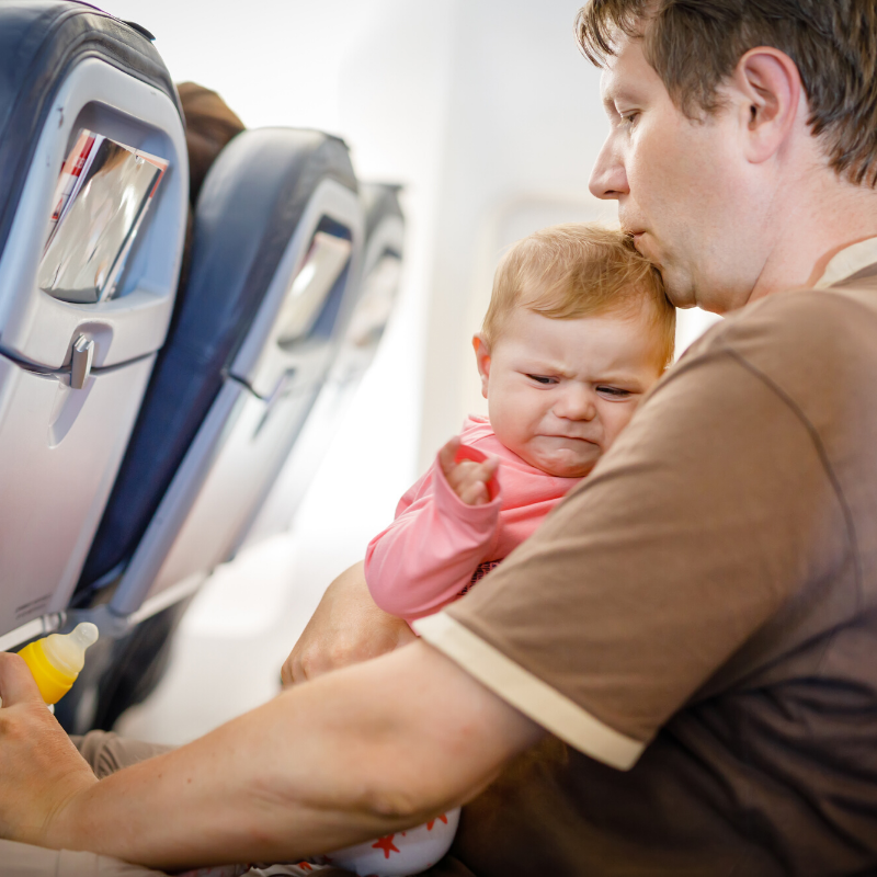 How to avoid your baby crying with ear pain on a plane