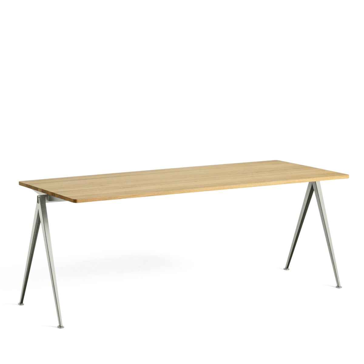 Pyramid Table 2000mm