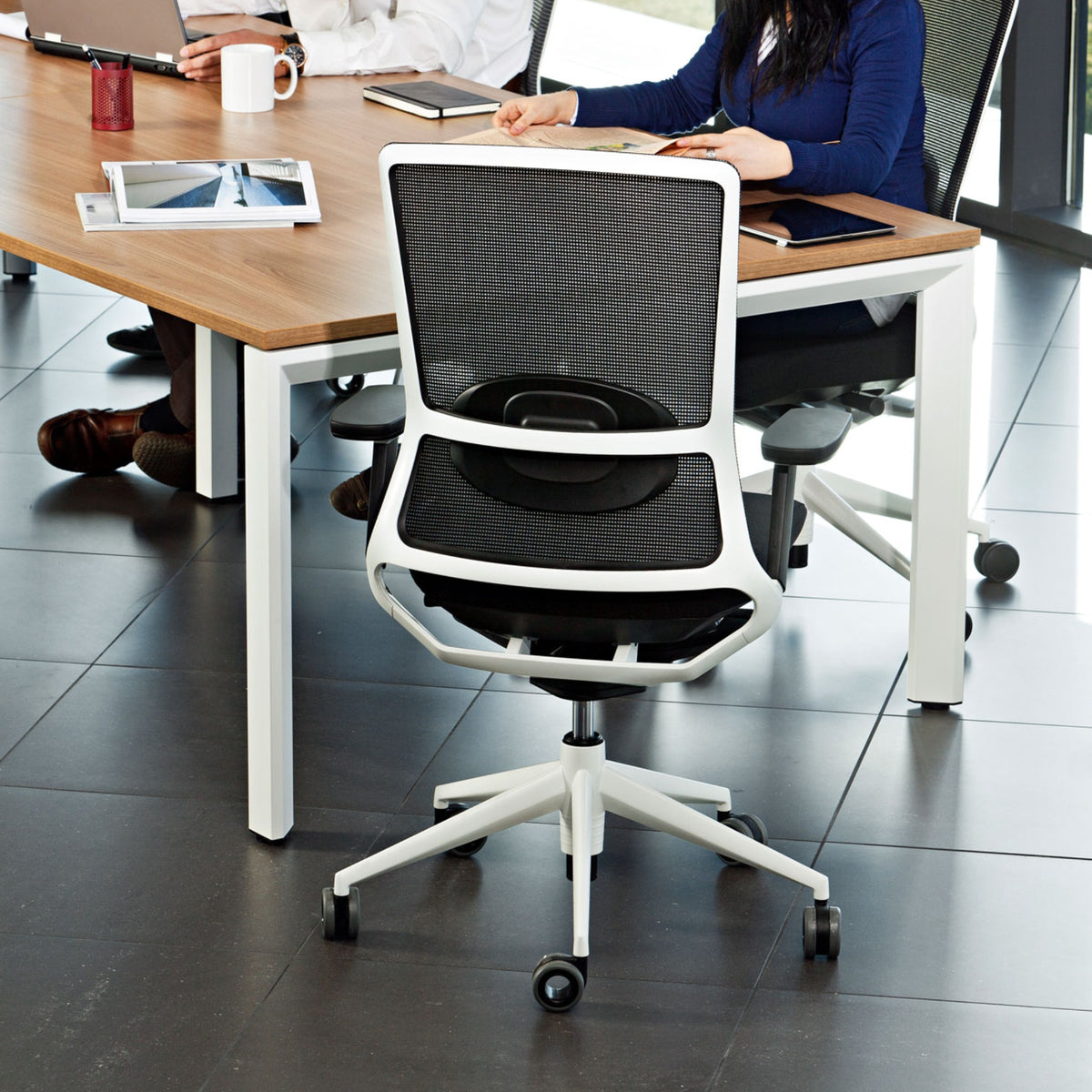 Actiu Office TNK 500 Task Chair - Mesh Back