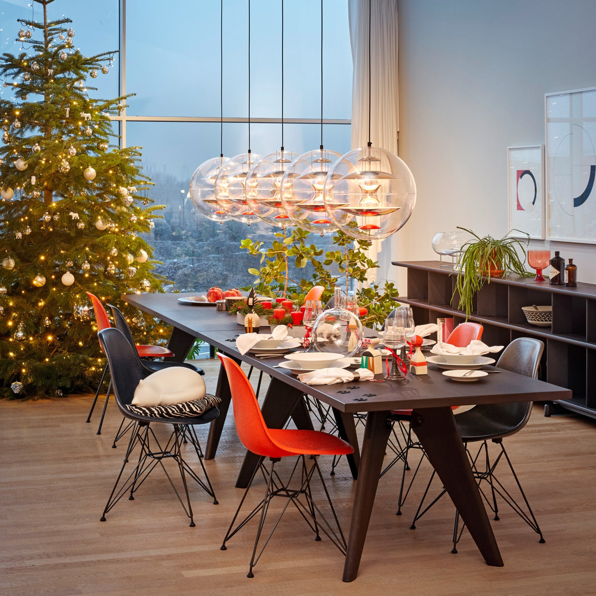 Vitra Eames Plastic Side Chair DSR Powder Coated for Outdoor Use. Christmas Dinner Setting