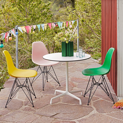 Vitra Eames Plastic Side Chair DSR Powder Coated for Outdoor Use. Patio Setting