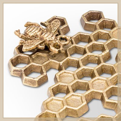 Honeycomb Trivet with Bee - Envy Paint and Design