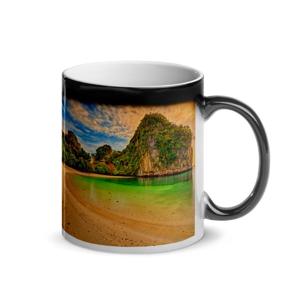 Surprise Black Mug - The Nature Collection - The Secluded Beach