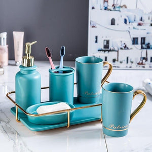 Black Elegant Bathroom Accessories set | Qolombo