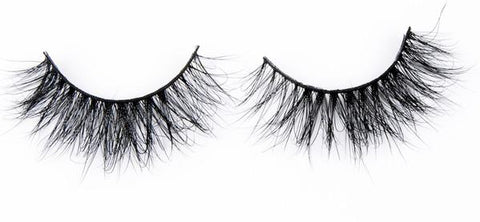 Image of A set of full, voluminous 3D mink false lashes from Matrix Lash against a plain white background.