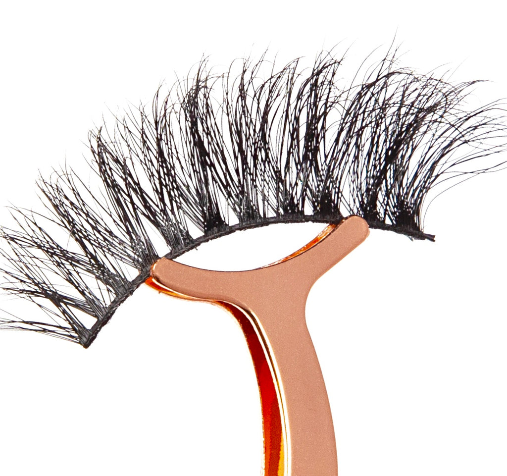 "3D Mink False Lashes - ""Act Up"""