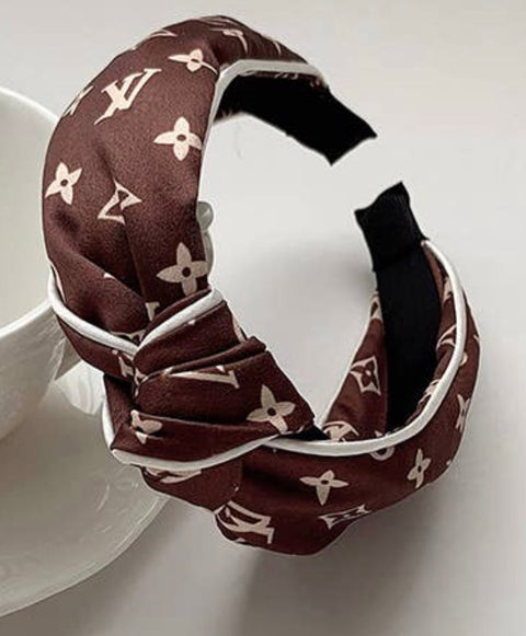 LETTER PRINTED KNOT SATIN HEADBAND- BROWN
