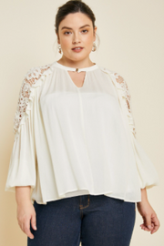 PLUS SIZE RUFFLE LACE COLD-SHOULDER TOP