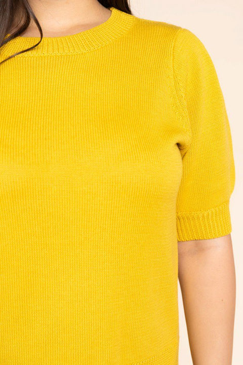 PLUS SIZE PLEATED SLEEVE CREW NECK SWEATER
