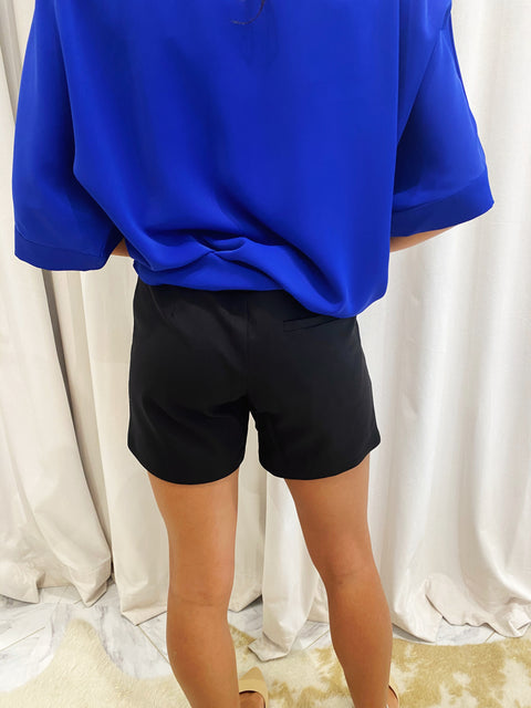 SIDE ROUND SHORT- BLACK