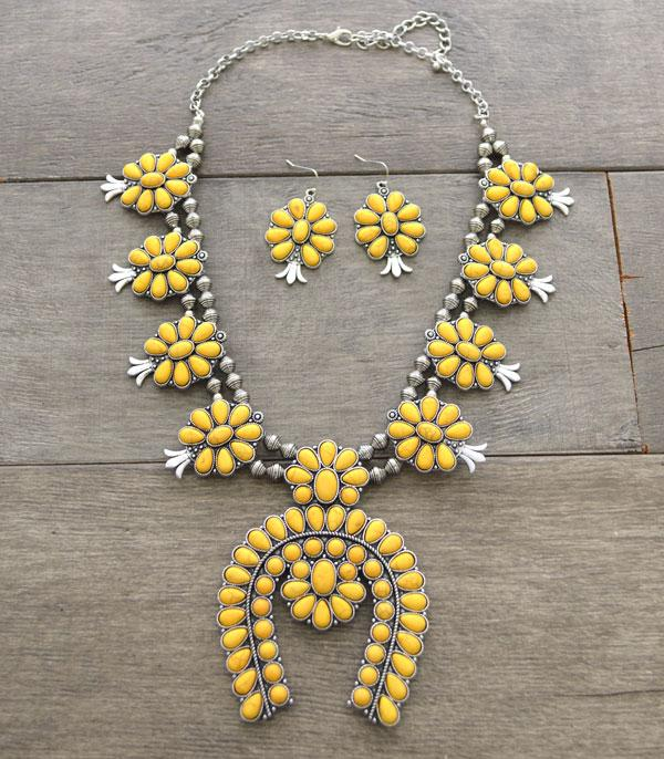 Squash Blossom Horseshoe Tribal Necklace set
