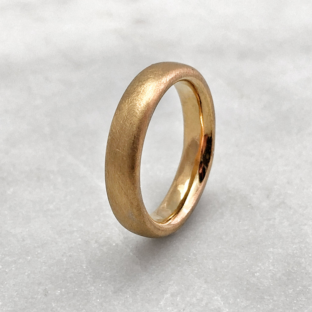 4.6mm Matt 18ct Gold Band