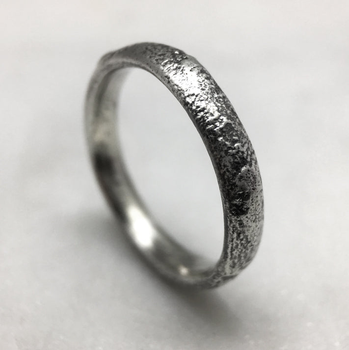 Reticulated 4mm Oxidised Silver Ring