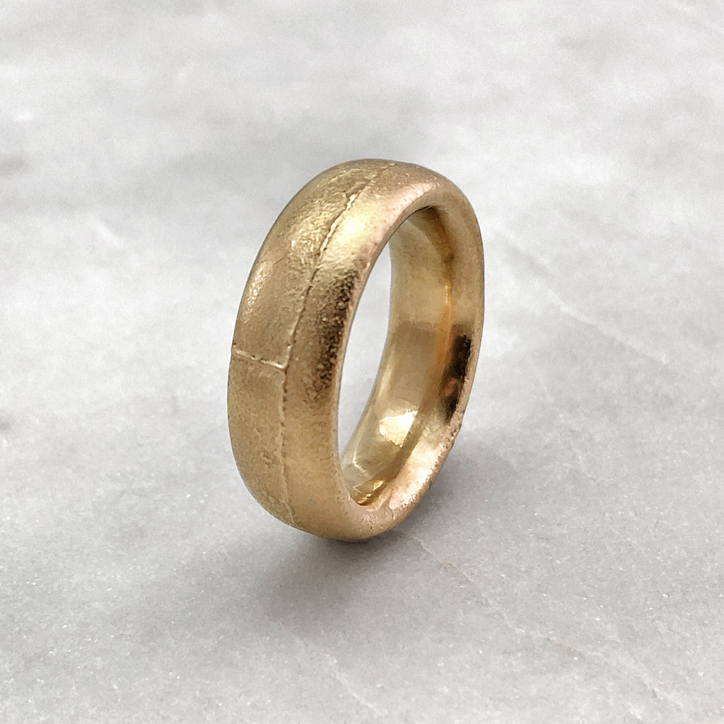 7.9mm Rustic 9ct Gold Band