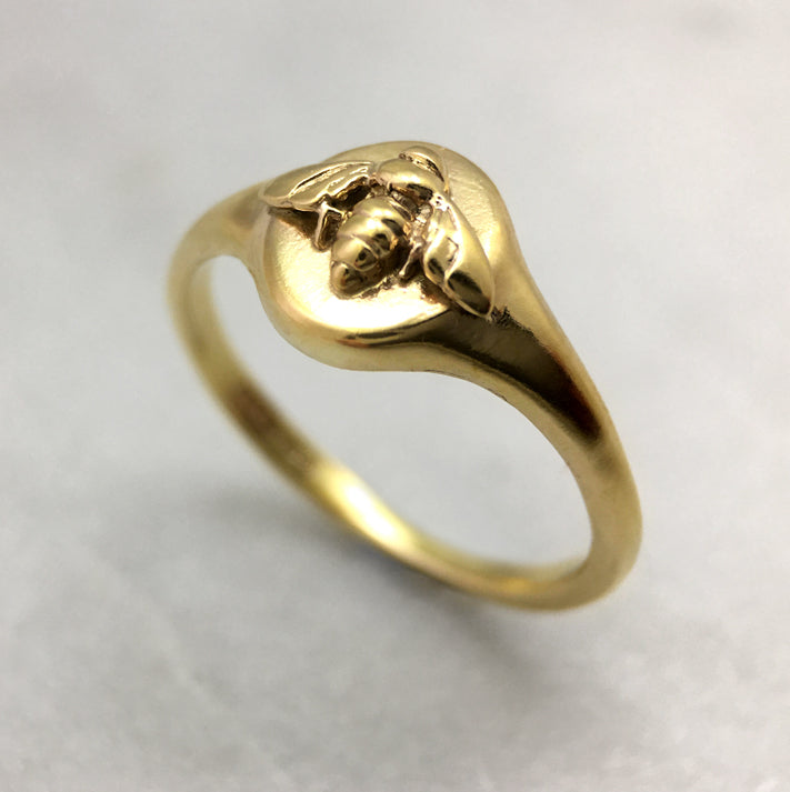 Tiny 9ct Gold Bee Signet Ring