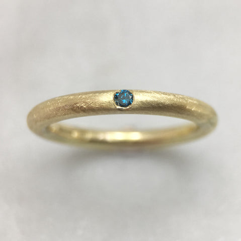 9ct Gold Blue Diamond Ring