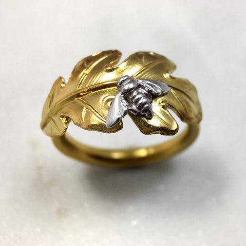 Gold Leaf & Bee Ring