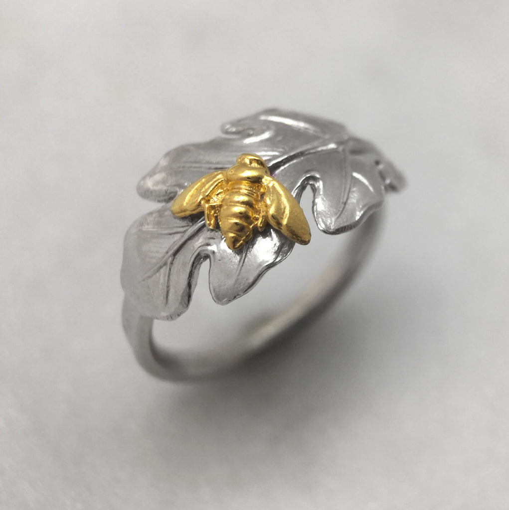 Silver Leaf & Bee Ring