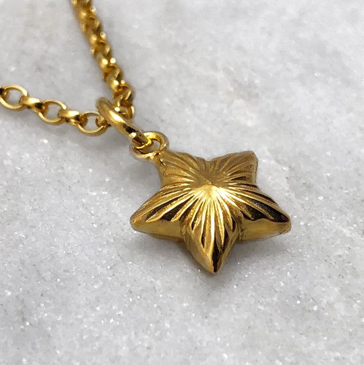 Gold Engraved Star Necklace