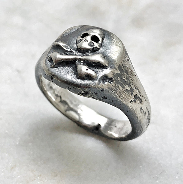 Melted Skull Crossbones Signet Ring Jewel Thief