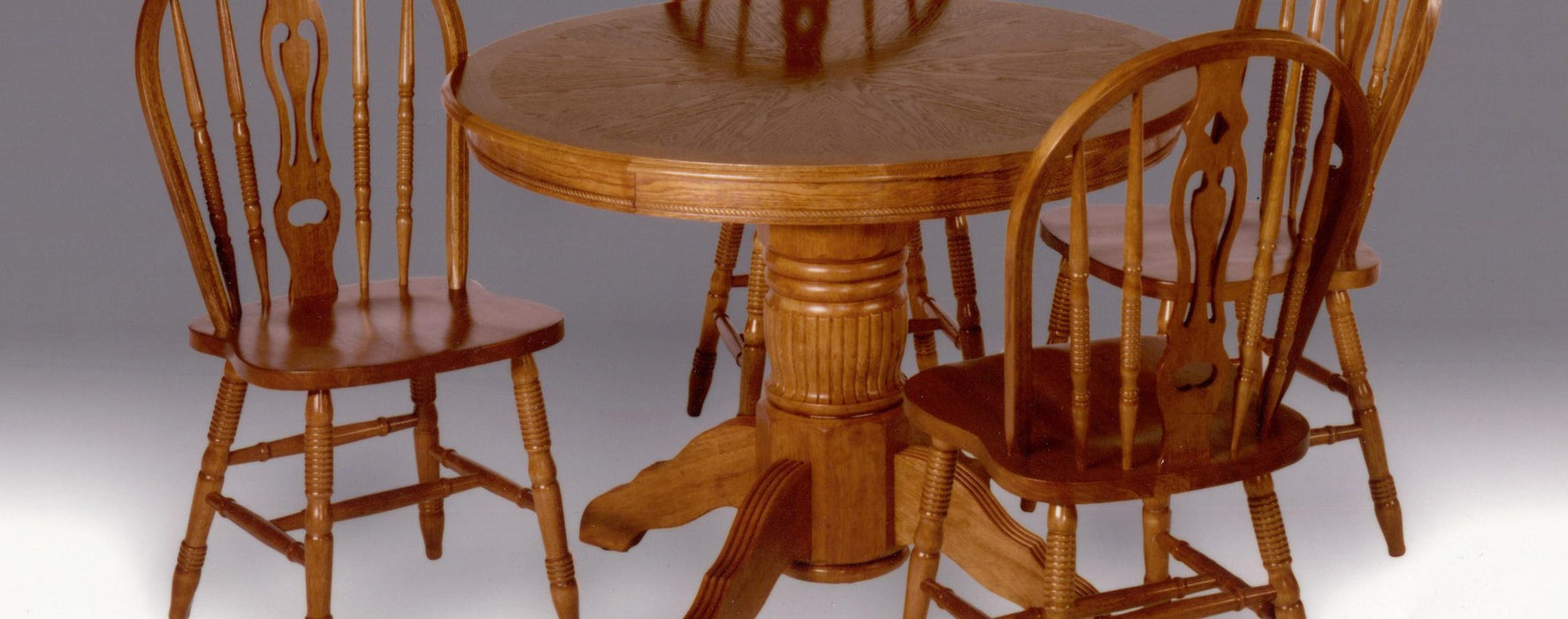 Enhanced Oak Round Empire Pedestal Dining Room Set