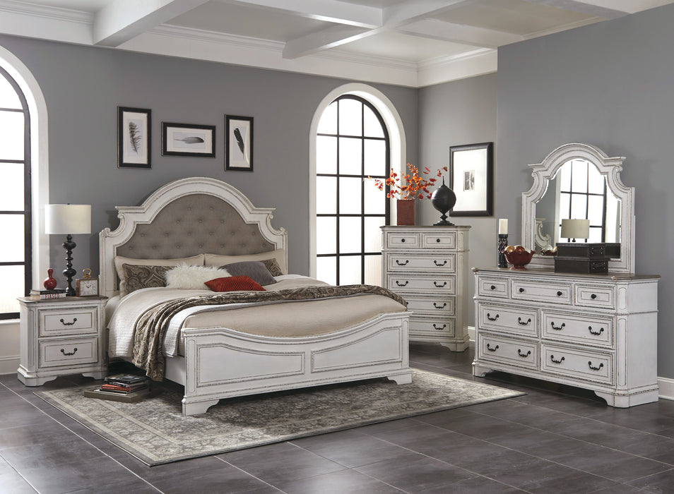 Shelby Manor Bedroom