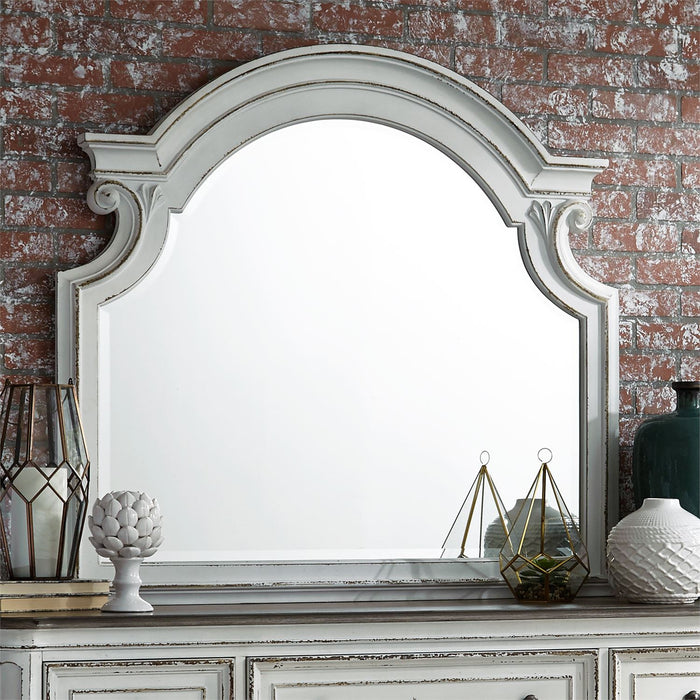 Shelby Manor Dresser & Mirror