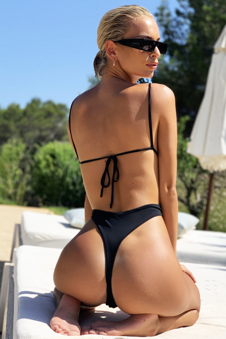 Malibu Plunge Swimsuit in Black