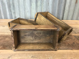 Antique Wood Brick Mould