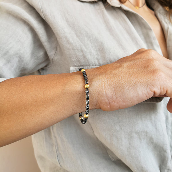 Dainty Boho Hematite Bracelet with gold beads