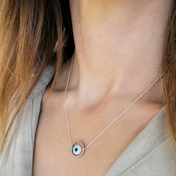 Minimal Necklace with a dainty Evil Eye