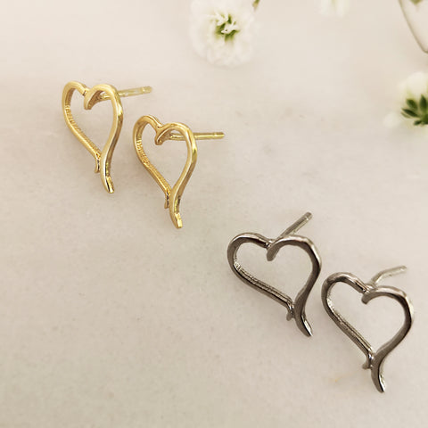 Tiny Heart Stud Earring - Silver 925