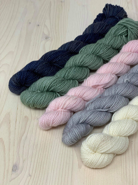 Kit of Lana mini skeins