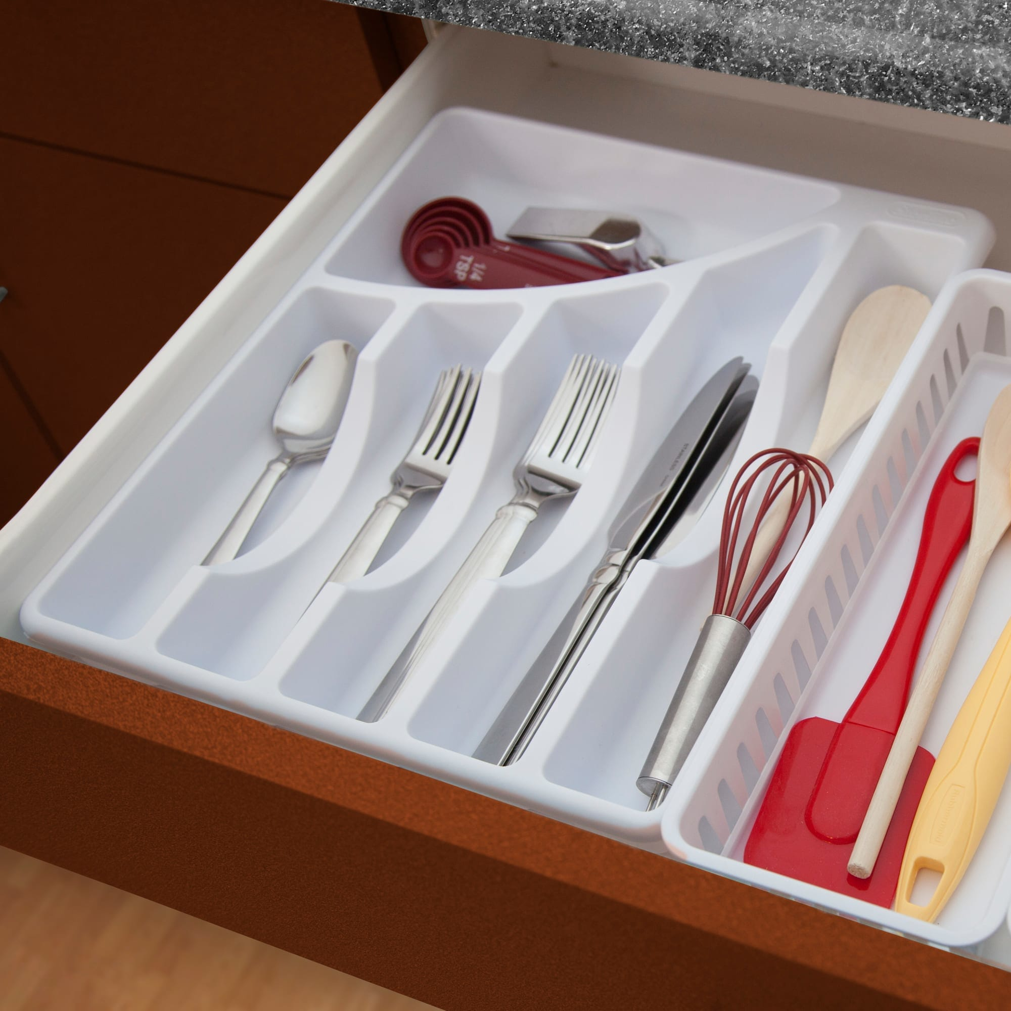 Sterilite 6 Compartment Cutlery Tray