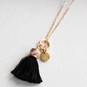 MINI TASSEL NECKLACE INK