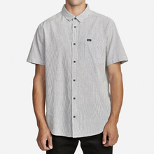 Load image into Gallery viewer, ENDLESS SEERSUCKER BUTTON UP SHIRT