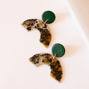 GREEN SPECKLED ARCH EARRINGS