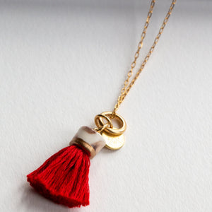 MINI TASSEL NECKLACE POPPY