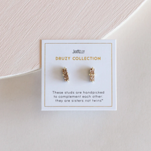 Load image into Gallery viewer, ROSE GOLD BAR DRUZY ON PACKAGING
