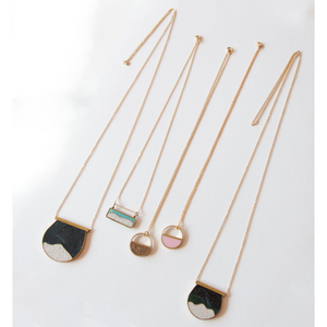 MULTIPLE MURO NECKLACES
