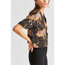 Load image into Gallery viewer, WOMAN WEARING GEMMA WOVEN SHIRT