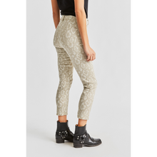 Load image into Gallery viewer, WOMAN WEARING SLATER SNAKE PRINT PANT