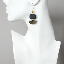 Load image into Gallery viewer, AGATE CRESCENT EARRINGS
