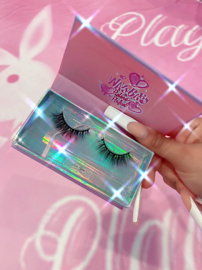 INTO YOU LASHES