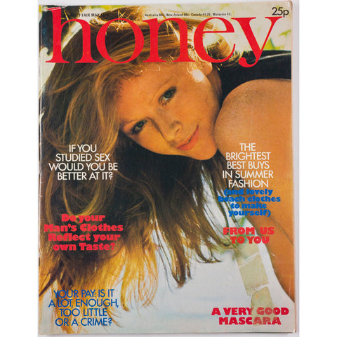 Honey Magazine UK May 1976 - Georgina Hale