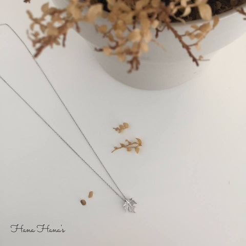 H007 - 925 SILVER - AUTUMN LEAVES NECKLACE