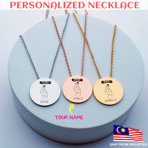 GUCESY Personalized Name Hand With Love Gesture Necklace Hadiah GIFT GIVING READY Custom Name