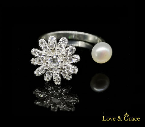 925 Silver - Pearl & Crystal Flower Rotating Ring - BRAVA OUTLET
